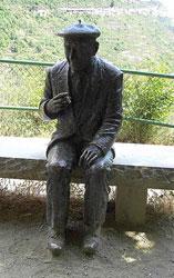 Escultura de Josep Pla en Sant Miquel del Fai